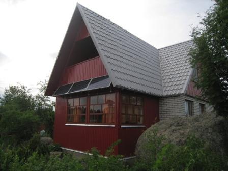 электроснабжение небольшого загородного дома солнечными батареями