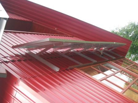 Установочная конструкция крепления модулей на фасаде дома